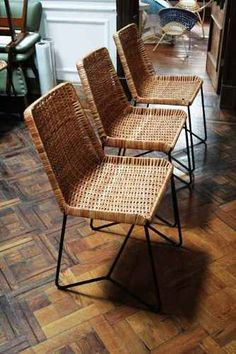 sillas de diseño de mimbre y hierro                                                                                                                                                                                 Más