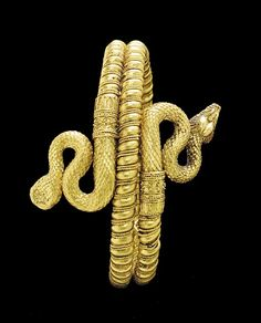 A GREEK GOLD SERPENT BRACELET, Hellenistic Period, Circa 330-300 B.C.