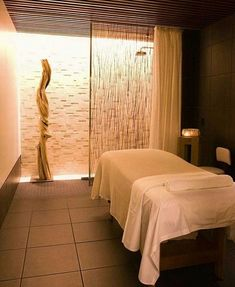 Caudalie Spa at the Plaza Hotel . The luxe Caudalie spa might be more famo. Caudalie Spa at Plaza Hotel, Hotel Spa, Spa Design, Spa Interior Design, Salon Design, Massage Room Decor, Massage Therapy Rooms, Massage Table, Spa Treatment Room