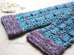"""Wrist Warmers """"EBBE & FLUT"""", knitting pattern, 2 sizes"""