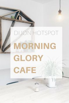Home for a quick weekend in Dijon, I took this time to discover this new coffee shop: the Morning Glory Café. Definitely worth a try!