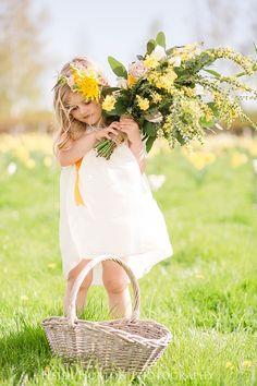 spring wedding nz, flowergirl wedding inspiration, southland photographer http://www.heidihortonphotography.co.nz/blog/spring-inspired-styled-shoot-2016-dunedin-otago