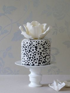 Beautiful Cake Pictures: Cutest Little Cake of Applique Flowers - Birthday Cake, Flower Cake, Little Cakes - Gorgeous Cakes, Pretty Cakes, Amazing Cakes, Fancy Cakes, Mini Cakes, Cupcake Cakes, White Cakes, White Wedding Cakes, Wedding Black