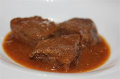 Caldereta de jabalí - azafranes-y-canelas - Receta - Canal Cocina Steak, Food, Modern Living, Living Room, Outfits, Gastronomia, Gourmet, Meals, Suits