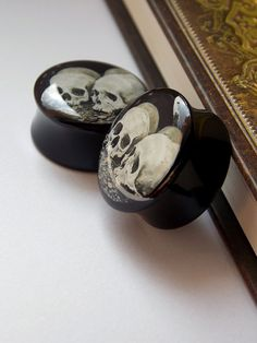 Gothic Skulls resin steel plugs, very cool Plugs Earrings, Gauges Plugs, Ear Jewelry, Body Jewelry, Jewellery, Body Piercings, Piercing Tattoo, Tapers And Plugs, Tunnels And Plugs