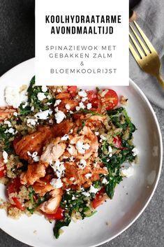 Spinaziewok met gebakken zalm en bloemkoolrijst. Zelf maken? Ontdek het recept op Beaufood.nl. Spinazie recept, Gebakken Zalm recept, bloemkoolrijst recept, koken met bloemkoolrijst, Gezonde avondmaaltijden, gezonde en snelle avondmaaltijden, Gezond avondeten zalm, Beaufood recepten, Gezonde foodblogs, Leuke foodblogs, recepten bloemkoolrijst, koolhydraatarm recept, koolhydraat arm dieet #gebakkenzalm #zalmrecept #bloemkoolrijstrecept #salmonrecipe Healthy Summer Recipes, Healthy Low Carb Recipes, Clean Recipes, I Love Food, Good Food, Healthy Diners, Diner Recipes, Salmon Dishes, Happy Foods