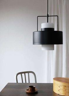 De Dyberg Larsen Olympia hanglamp is een statement lamp ten voeten uit. Ontdek het hier. ✓Gratis bezorging v.a. 25,- ✓Alles voor je lamp Olympia, Lights, Leroy Merlin, Genre, Dimensions, Home Decor, Metal, Unique, Products