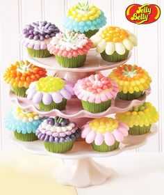 Easter cupcakes made with Jelly Belly® Kids Mix jelly beans. Easy family fun.
