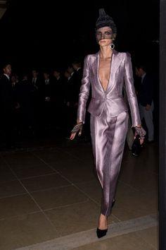 Armani Privé Fall 2017 Couture Fashion Show Beauty