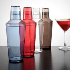 Cocktail Shaker Plástico COCTELERA DE 3 PIEZAS ELABORADA EN PLÁSTICO DE ALTO IMPACTO, DISPONIBLE EN 3 COLORES: ROJO, TRANSPARENTE Y AHUMADO, ES EL PRODUCTO IDEAL PARA CUALQUIER BARTENDER.