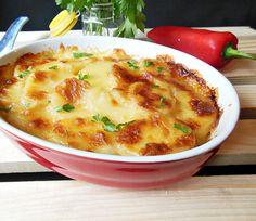 Reteta culinara Cartofi frantuzesti din categoria Aperitive / Garnituri. Cum sa faci Cartofi frantuzesti Cheeseburger Chowder, Mozzarella, Lunch, Eat Lunch, Lunches