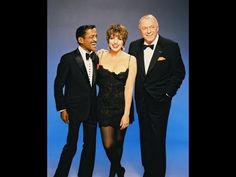 LIZA Minelli, SAMMY Davis and FRANK Sinatra LIVE at the Fox Theatre in the teh ULTIMATE EVENT PLUS DOCUMENTARY    (1:42) You Tube Frank Sinatra Albums, Music Of The Night, Liza Minnelli, Carnegie Hall, Song One, Cabaret, Music Publishing, Concerts, Good Music