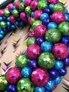 DIY, wreath, holiday, sparkle, glitter, ball, bead, sphere, foam, wreath form, hot glue, project, i made this, decoration