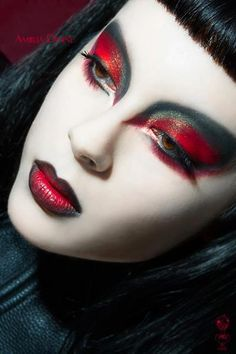 #Goth evil queen make-up may be by Kiki? can't read the overlay