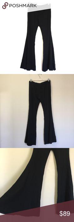 "Zara Super Flare Bell bottom Black Trouser Pants L Zara Super Flare Black Trouser Pants, excellent condition. Hook and zip closure with flat waistband, no pockets. Waist 16.5"", rise 9.5"", inseam 36"", leg opening 23"". Zara Pants Boot Cut & Flare"