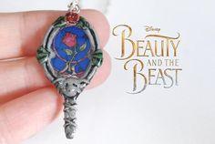 Colgante de La Bella y la Bestia  Espejo de la bella y la