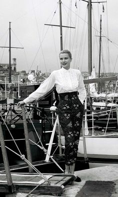 Grace Kelly's high waisted trousers