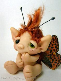 Irish Butterfly Troll Boy Quinn by Amber Matthies by Trollflings Polymer Clay Fairy, Polymer Clay Figures, Polymer Clay Dolls, Elves And Fairies, Clay Fairies, Cute Fantasy Creatures, Cute Creatures, Troll Dolls, Fairy Dolls