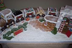 Santa Express Gingerbread Train | da UltimateGingerbread
