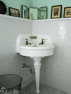 Vintage Farmhouse Bathroom Like The Tiles And Ledge