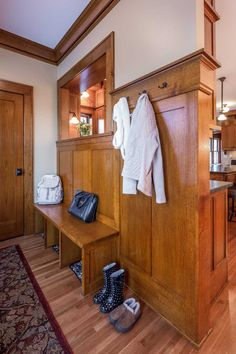 A new Craftsman-style mudroom in Minneapolis - Hooked on Houses