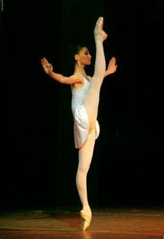 svetlana zakharova.. Those feet and legs! To die for :P