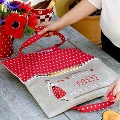 """Милые сердцу штучки: Очередные приятности от Парижанок: """"Сумочки для пирогов и тортов"""""""