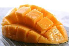Mango africano, la fruta que revolucionó las dietas Realmente no sirves para vivir mordisqueando palitos de apio, disfrutas comer, es un placer del que no puedes privarte.