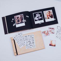Vytvořte si krásné fotoalbum pro Vaše miminko. Nalepujte fotografie, zapište první slůvka, kreslete – fantazii se meze nekladou. Polaroid Film, Pictures, Photograph Album