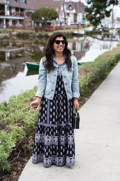 3161622d8f Connecticut style blogger Lydia Abate wearing a black and white maxi dress