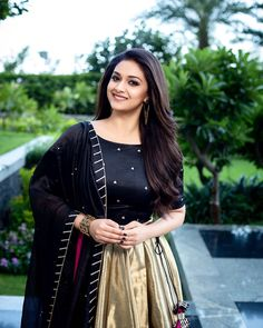 40 High Quality Images of South Indian Actress Keerthy Suresh Images Wallpaper, Wallpapers, Elegant Girl, Tamil Actress Photos, Most Beautiful Indian Actress, South Indian Actress, South Actress, Hair Photo, Hd 1080p