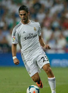 Isco Alarcón. Real Madrid, Isco, Football Players, Champion, Soccer, Sporty, Club, Future, Mens Tops
