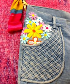 How to Make a Purse out of an Old Pair of Jeans