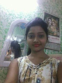Best 10 beautifull girls pics: Indian beautiful teenage girls sexy images sexy like Teen Beauty, Beauty Full Girl, Beauty Women, Beautiful Girl Indian, Beautiful Girl Image, Beautiful Women, Beautiful Saree, School Girl Pics, Dehati Girl Photo