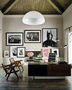 Das Haus von Kourtney Kardashian in Kalifornien Pierre Jeanneret, Khloe Kardashian, The Simple Life, Interior Walls, Decor Interior Design, Home Office Design, Office Decor, Office Inspo, Office Ideas