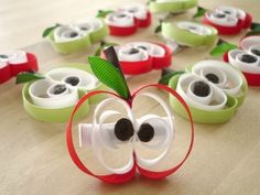 Apple Hair Clips @Crystal Chou Chou Brashear Do these look easy to do??