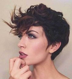 17 Incredible Curly Pixie Cuts You'll Love