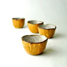 (via Shot glass cups wabi sabi Honey Bee and White. - the modern pottery studio Clay Pinch Pots, Ceramic Pinch Pots, Ceramic Clay, Ceramic Bowls, Ceramic Pottery, Slab Pottery, Stoneware Clay, Ceramic Painting, Plates And Bowls