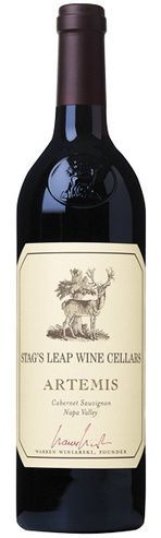 In stock - 44,89 € 2008 Stag´s Leap Cellar Artemis Cabernet Sauvignon, red dry , USA - 89pt Very elegant ruby-red colour of the wine with concentrated rim. Aroma is intense and complex, accompanied by aromas of blackberries, blackcurrants, blueberries and plums, in the end enriched by hint of nutmeg, rosemary and cedar wood. Aftertaste is long and persistent.
