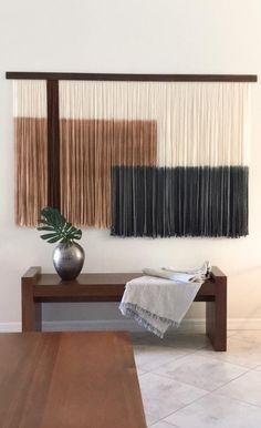 Yarn Wall Art, Yarn Wall Hanging, Wall Hangings, Wall Art Crafts, Diy Wall Art, Living Room Decor, Bedroom Decor, Entryway Decor, Macrame Wall Hanging Patterns