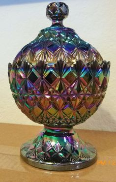 b4b625c52421 Old Virginia Glass - Beautiful Ornate Amethyst Iridescent Vintage Carnival Glass  Candy Dish with Lid