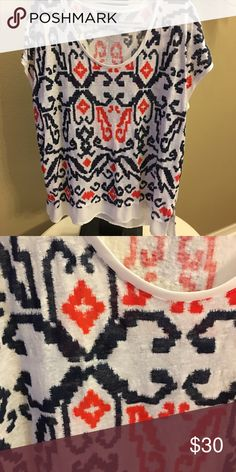 Tommy Hilfiger top Nice Tommy Hill figure top. Worn once or twice. Tommy Hilfiger Tops Blouses