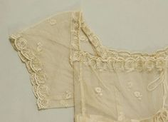 Dress Culture: British Medium: silk, cotton (Ideas for dress sleeve construction.whether grown or for a girl or for a doll) 1800s Fashion, 19th Century Fashion, Vintage Fashion, Jane Austen, Regency Dress, Regency Era, Linens And Lace, Historical Clothing, Historical Dress