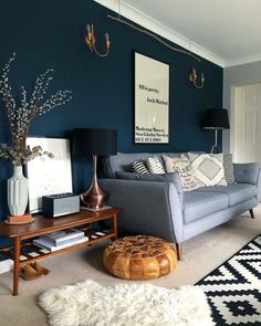 Navy Living Rooms, Blue Living Room Decor, New Living Room, Interior Design Living Room, Living Room Designs, Small Living, Cozy Living, Good Living Room Colors, Blue Rooms