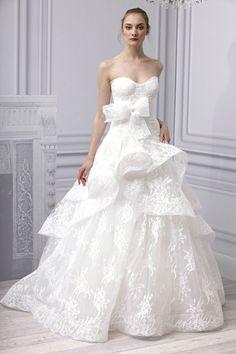 De 10 opvallendste bruidsjurken trends van 2014 - peplum - Monique Lhuillier