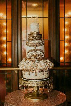 This wedding cake! #wedding #weddingcake #ornate #weddingideas