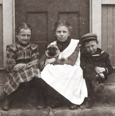 19C American Women: Photos-Children