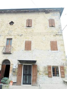 Riccò Di Serramazzoni, Vic.Ze Via Estense, Rustico Terracielo In Sasso http://www.serramazzonese.it/property/2633-2/