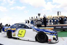 NASCAR champion heading to the dirt track and other short track events