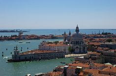 You could photograph just about anything in Venice & it would be beautiful, but here are some suggestions for the best spots for a photo in Venice.